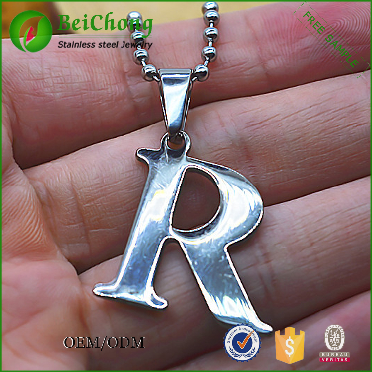 Staniless steel pendant necklace letter r pendant