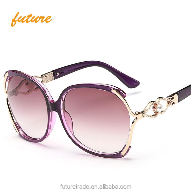 Yiwu Future 2019 New half Metal frame women Plastic Pearl Leg Rainbow Cear Color Lens Brand designer UV400 Sunglasses, Grey sliver brown purple colors