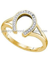 0.07 Carat (ctw) 10K Yellow Gold Round Cut White Diamond Ladies Right Hand Horse Shoe Ring
