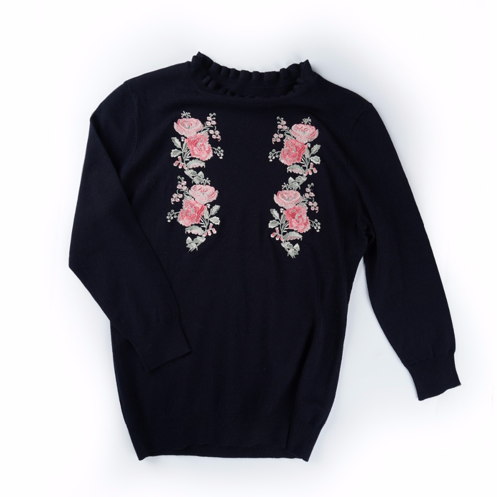 flower embroidery o neck long sleeve sweaters for girls and women