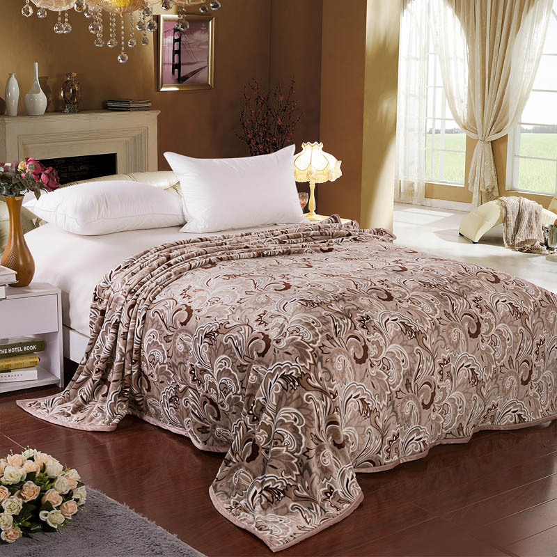 flannel fleece blanket throw on bed cover full queen king size bedspread microfiber blanket for. Black Bedroom Furniture Sets. Home Design Ideas