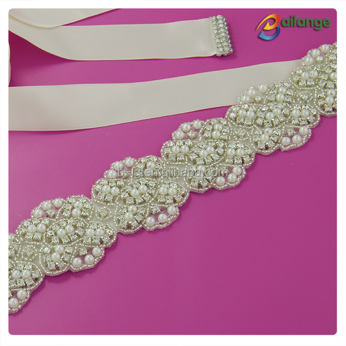 Wholesale fancy sparkling flower bling silver handmade bead crystal pearl Bailange Handmade belt rhinestone for bridal sashes