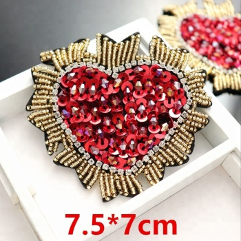 GUGUTREE handmade beaded embroidery sew on red loving heart patches,embroidered pearls crystals appliques,brooches BBP-23