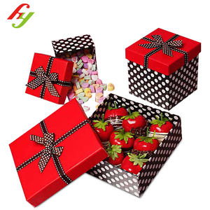 HY Printing and Packaging Red Top Polka Dot Cardboard Sugar Gift Packaging Box with Ribbon