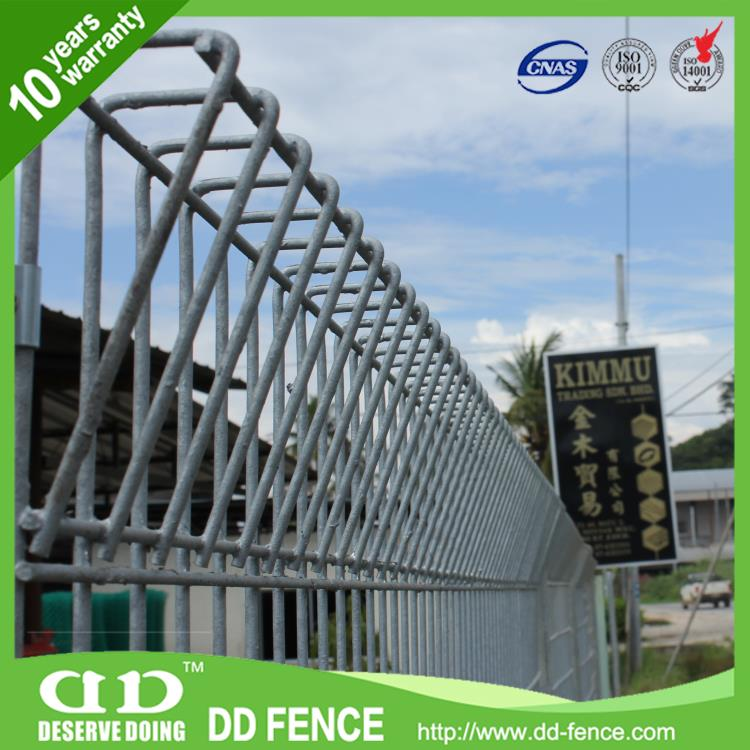 Pvc Coated Toll Top Fence / Arc Mesh Fence Panels / Folded Top Panel
