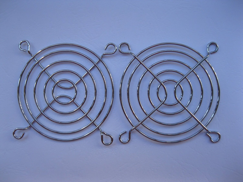 4 Pcs DC Fan Grill Protector Silver Metal Finger Guard Used for 70x70mm Fan 7cm