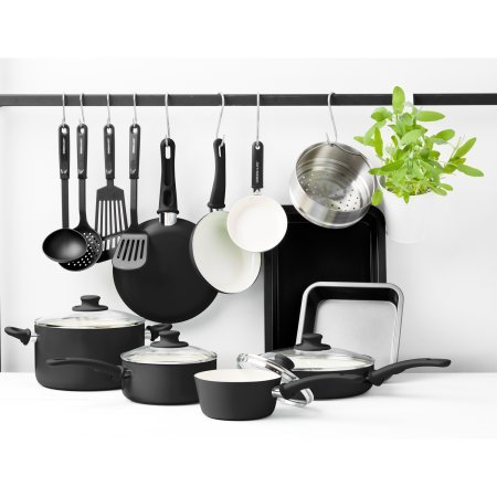 GreenLife Chef's Essentials Ceramic Non-Stick 18pc Cookware Set, Black,Pots/Pans for Your Cooking Needs,Utensils to Flip and Fry,Bakeware for Both Sweet and Savory Dishes,Oven/Dishwasher Safe