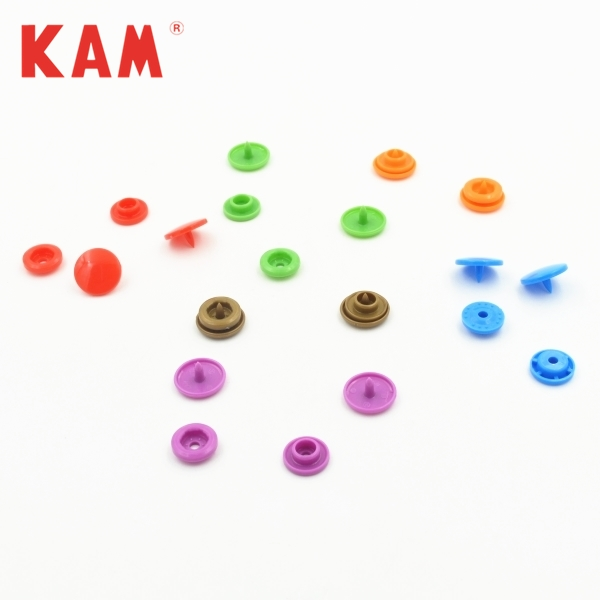 Wholesale decorative ecg plastic bags four parts double cap plastic 12mm snap button for clear bag children change pocket bag