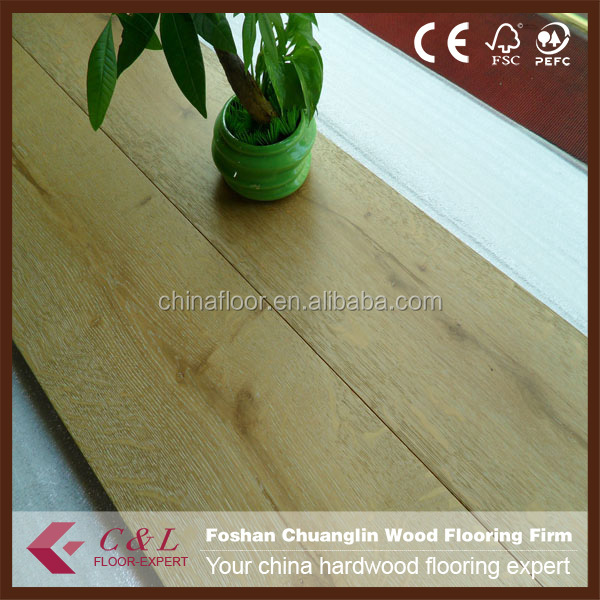 Wide plank White brushed and natural color oak engineered wooden flooring