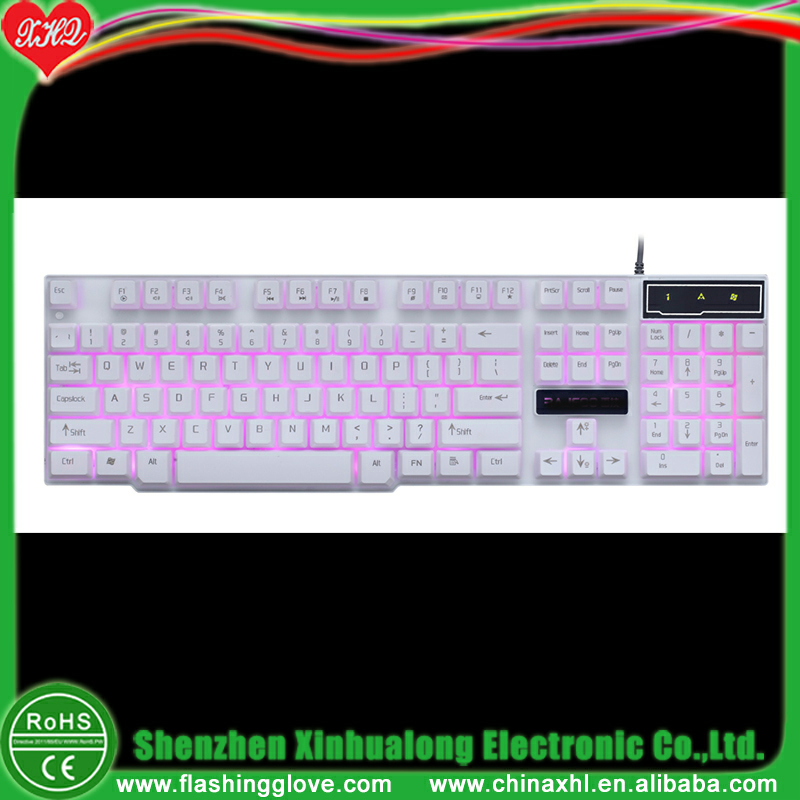 Mechanical hand feeling suspending 3 colors light gaming keyboard