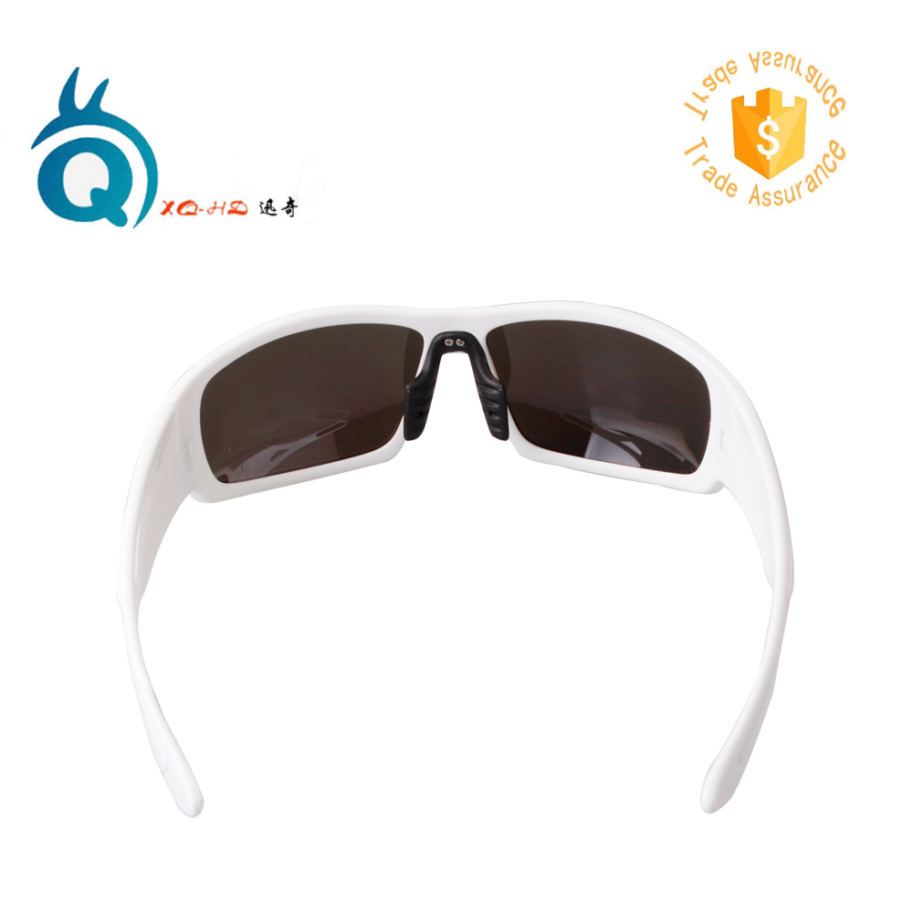 2018 Latest fashion mirror coating outdoor sunglasses TR90 frame