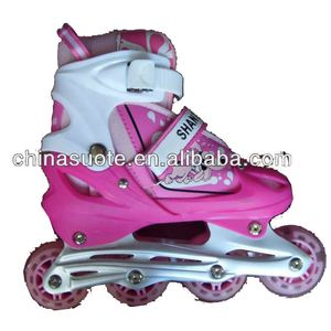 Adjustable 4 Wheels With Flash Plastic roller skate