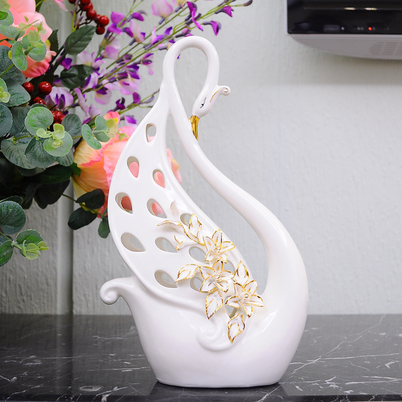 Luxury Wedding Gift Ideas: Luxury Peacock Ceramic Artwork Home Furniture House