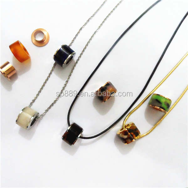 2015 hot sell shell turtle pendants jewelry with colorful lucite pendant steel necklace in high quality