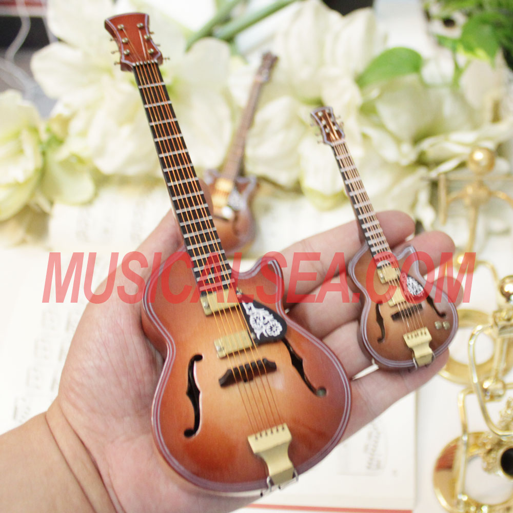 Miniature Wooden replica guitar toy ornament model gift for kids Christmas tree ornament