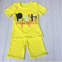 newest fashion wholesale baby children clothing Yellow short sleeve outfit set