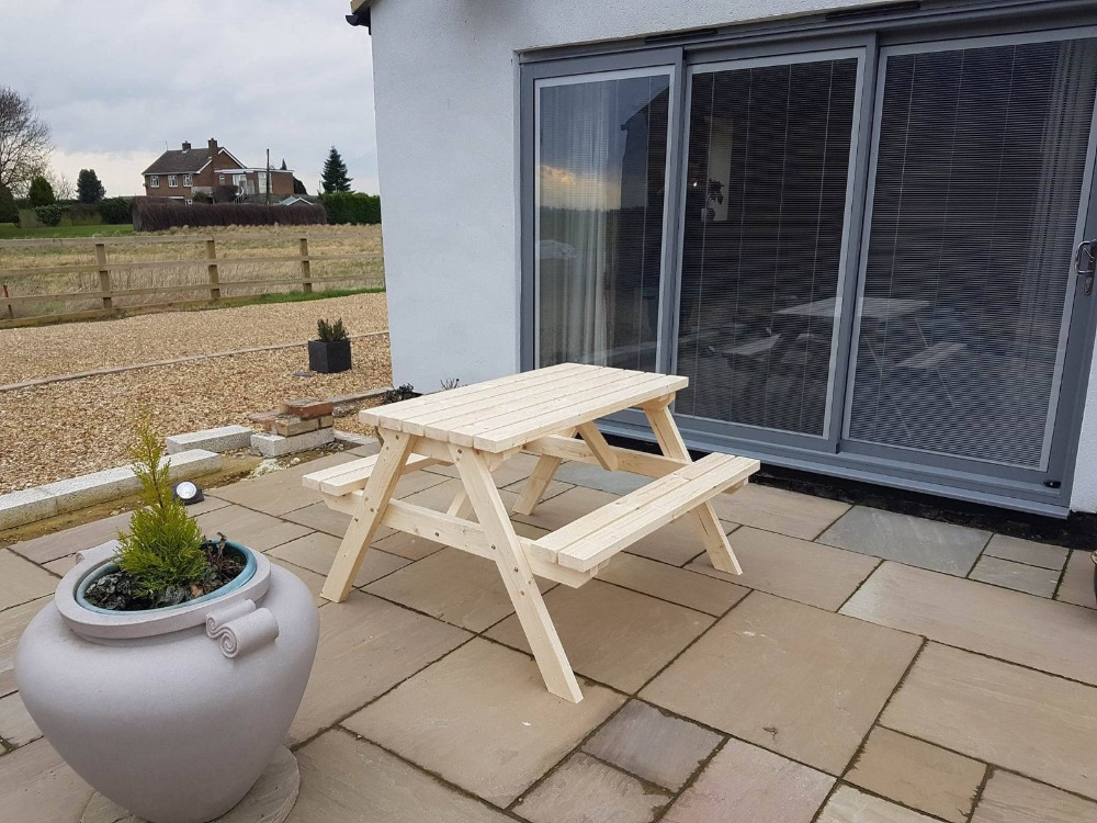 New Hand Made wooden 4ft Pub Garden table Picnic Bench Seat