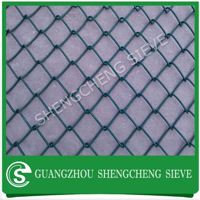 Guangzhou Customized Cyclone Wire Diamond Mesh Fence Wire