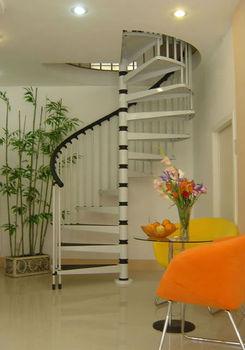 Madera De Acero Espiral Escaleras Prefabricadas Para Casas Modernas