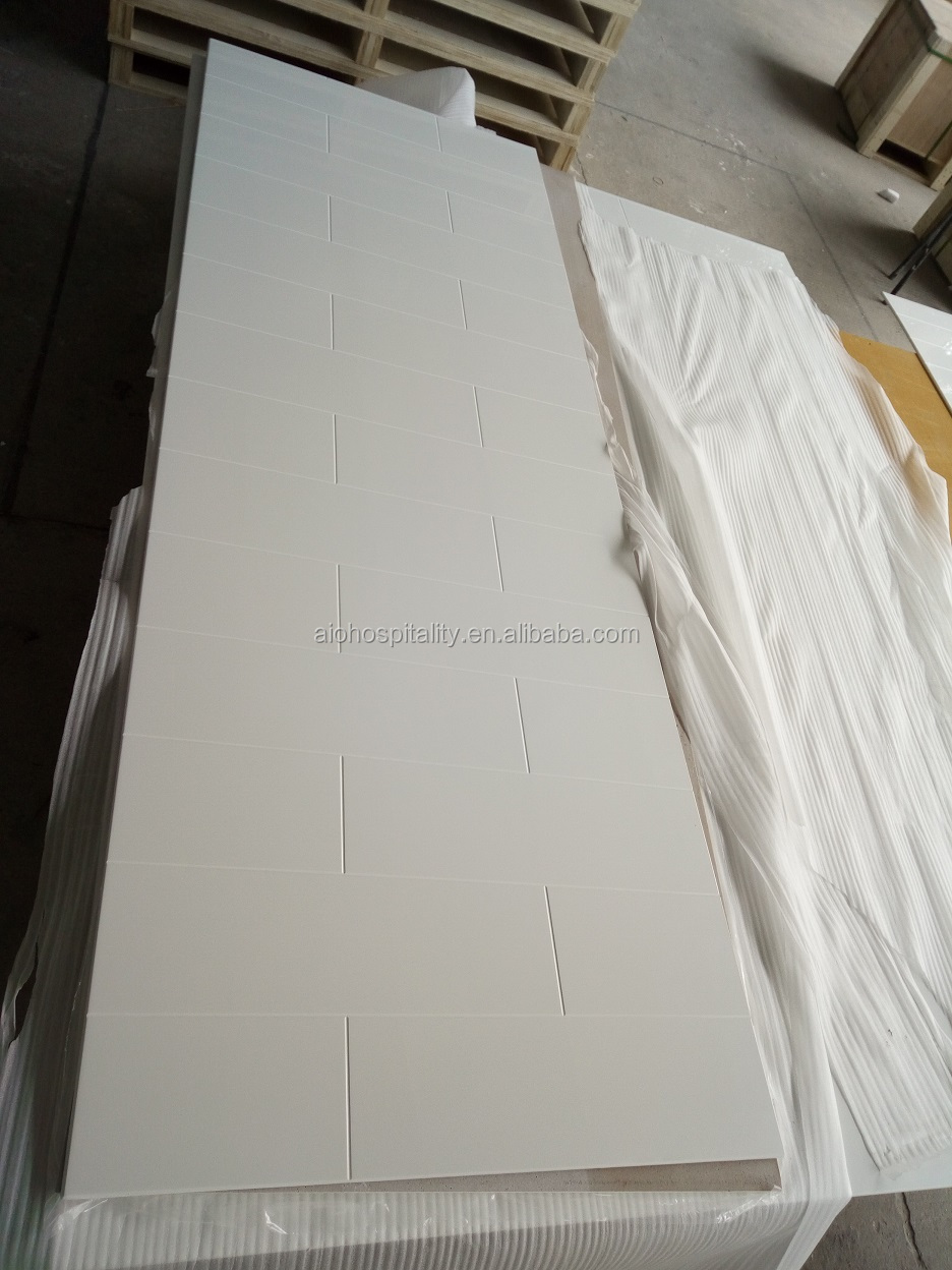 Pure White Cultured Marble Shower Surround with 6''x24'' Staggered Tile Pattern for Hotel Cultured Marble Tub Surround