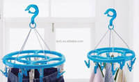 Parent and child plastic hanger pegs for clothes hanging stand