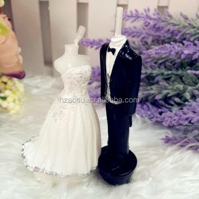 Velas en forma de vestido de novia
