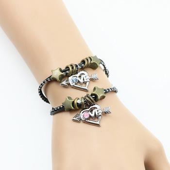 3b0d83b5a2c2 2018 nuevo diseño pulsera de diamantes de imitación amor corazón flecha  amantes pareja pulsera de cuero