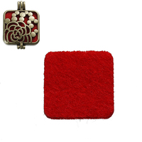 Wholesale Fashion Square Red Nonwovens Felt Oil Diffuser Locket Pads