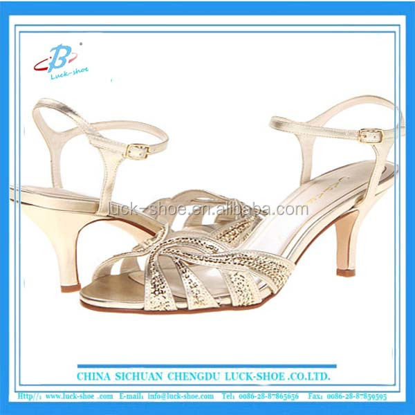 New model comfort golden silver shinny low heels women pretty diamond sexy sandals