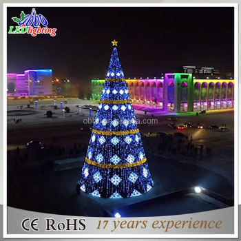 Outdoor Led Christmas Tree Lighted Cone Giant Scene Decoration
