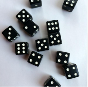 2018 Best Selling 10pcs 12mm Drinking Dice Plastic Digital Dices Standard Six Sided Square Black With White Dice