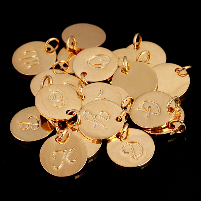 Cheap wholesale gold alphabet charms, custom initial letter stamped jewelry charm gold round disc tags charms