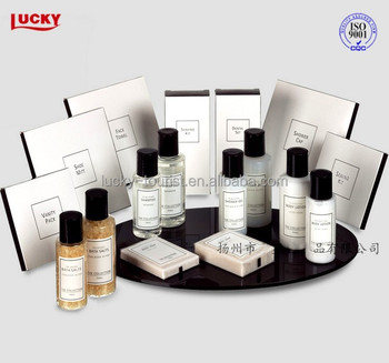 Luxury hotel amenities set for 5 star hotel hotel supplies for Hotel bathroom supplies