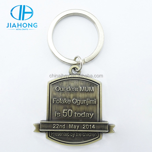 Souvenir use zinc alloy metal bronze color initial keychain
