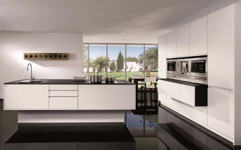 German standard kitchen furniture glossy white lacquer door kitchen units
