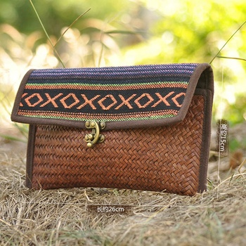 Women's Straw Envelope Clutch Rattan Hand Woven Bag Girls Handbags Hand Woven Fashion Beach Bags Holiday Summer Bags Straw Bags