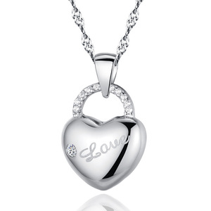 Valentine's Day gift! Platinum plated hollow heart-shaped pendant necklace love heart necklace free shipping heart-shaped lock p