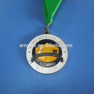 Customized soft enamel school logo graduation memorial medal for alumnus