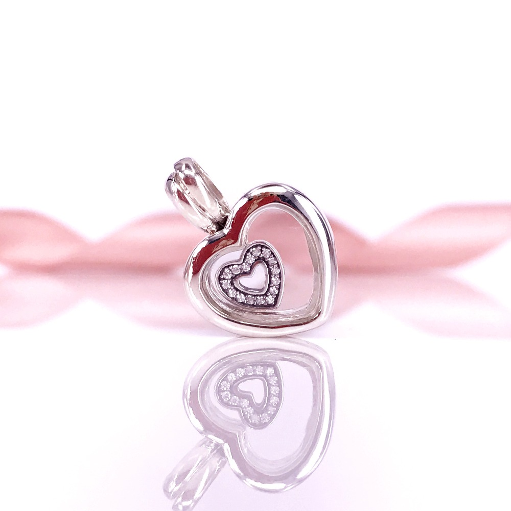 Bewitching Graceful Necklaces Pendant Whith Floating Heart Locket Sapphire Glass Silver 925 Charm