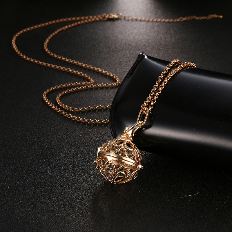 Hollow Locket Pendant Essential Oil Aromatherapy Diffuser Necklace Mexican Pregnancy Belly Harmony Sound Ball Pendant Necklace