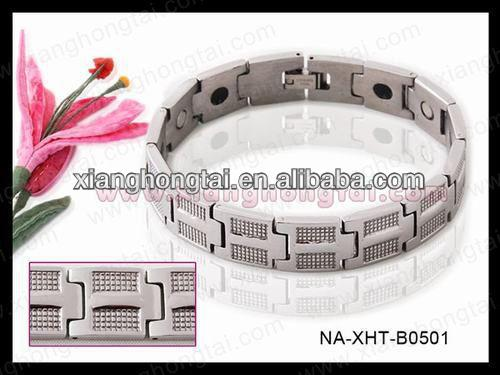 2013 wholesale titanium medical alert bracelet with strong magnet ,germanium ,negative ion and far infrared