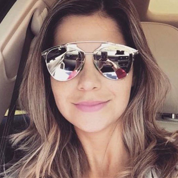12dfaee18 موضة النظارات الشمسية ...