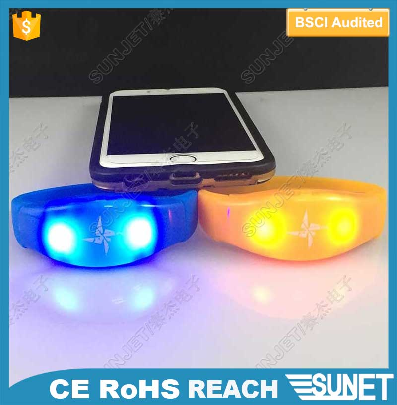 Party flashing music/motion activated led wristbands wedding giveaways
