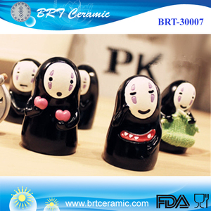 Japanese cartoon black character figurines for pray