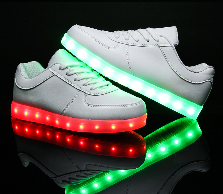 Boys Girls Boys Colorful LED Light Up Sport Flats Sneakers Kids party Baby USB Shoes