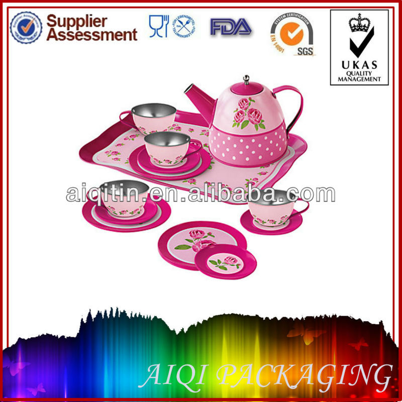 Alex Toys - Heart Tin Tea Set-1.jpeg