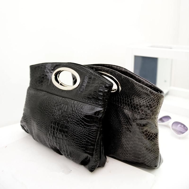 2015 neue mode metallgriff kleine schwarze tasche frauen handtaschen aus leder schlangenleder. Black Bedroom Furniture Sets. Home Design Ideas