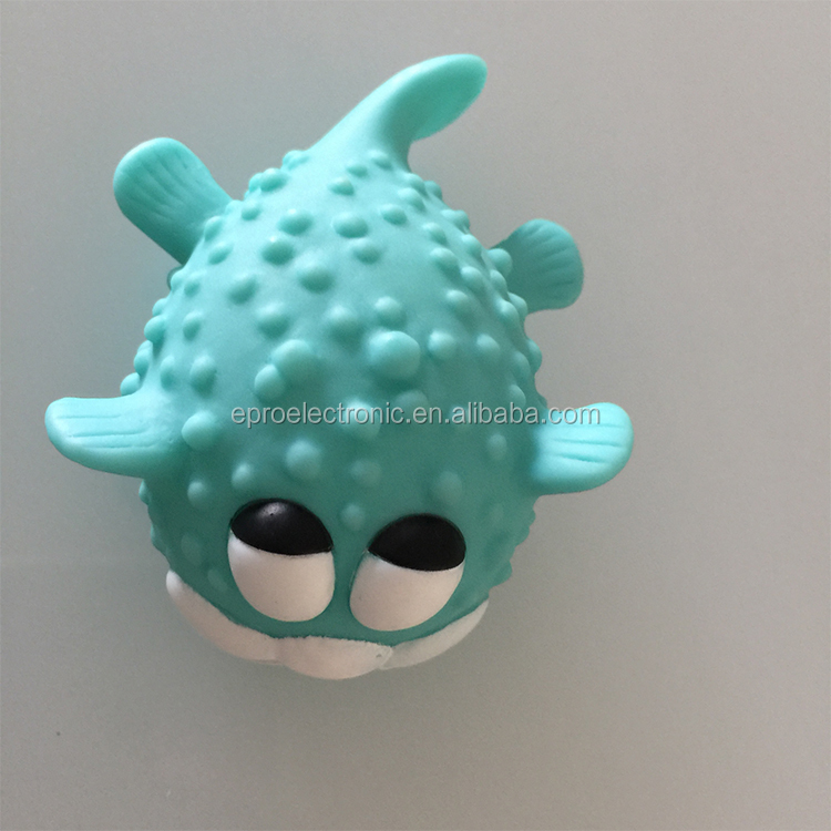High Quality Promotion Gifts Customized Logo LED Flashing Fish Light Bath Toys for Kids