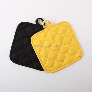 China Factory Solid Color Black Cheap Pot Holder With Quilting