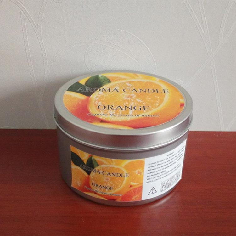 Soy wax scented vanilla candle in Silver color tin container with cap,cotton wick 2oz,
